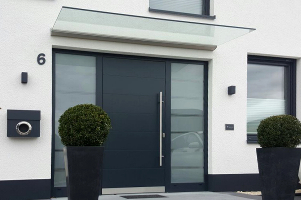vordach glas fabulous with vordach glas best cm glasvordach montreal edelstahl vordach glas. Black Bedroom Furniture Sets. Home Design Ideas