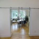 Klarglas verbindet die Räume