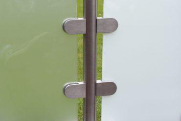 Modell Mittelpfosten mit zwei verschiedenen Glasarten
