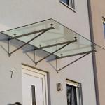 Bajo Glasdach mit Trägern aus Edelstahl
