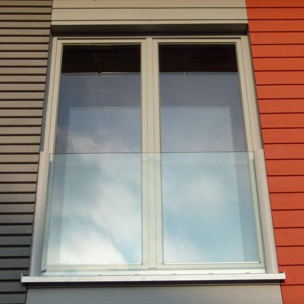 Glas-Fensterbrüstung | Panther Glas