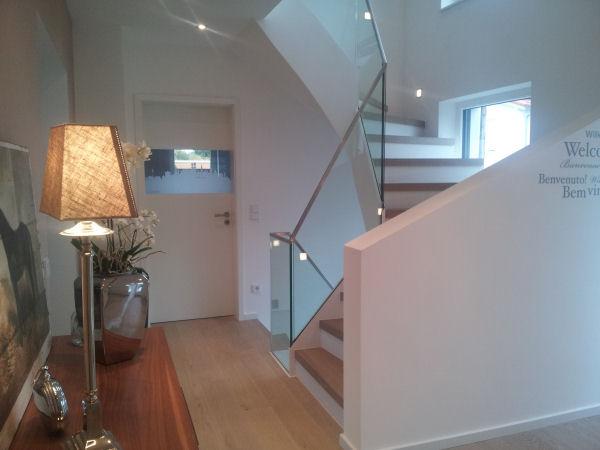 Treppenaufgang Tür treppenhaus panther glas