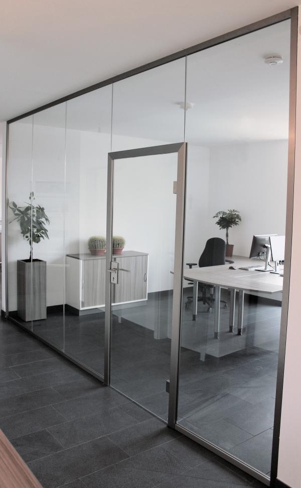 Bürotrennwand mit Tür   Panther Glas