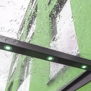 LED-Leiste im Vordach-Rahmen