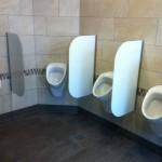 Glas-Trennwände weiß für Urinal