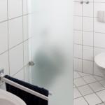 Glastrennwand WC